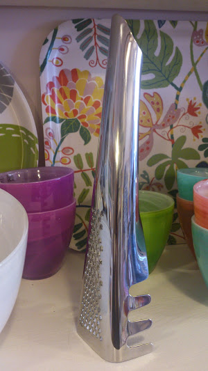 It is back in the shop, the Pasta server/grater by Swedish Sagaform. Super popular gift for the pasta lover!