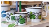 Onions Mugs and Jug