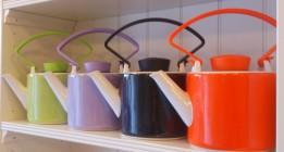 QDO Cylinder Teapots in porcelain