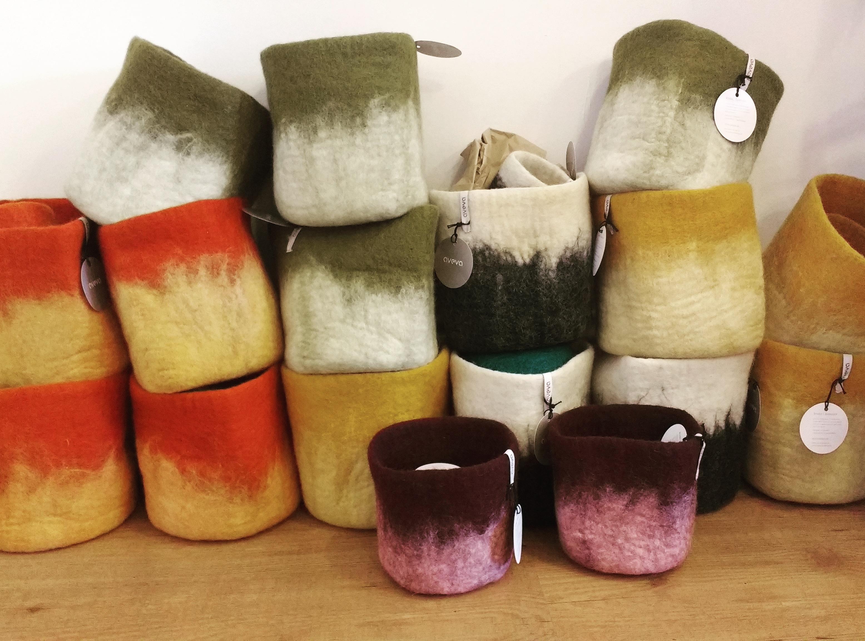 Aveva Design Wool Flower pots